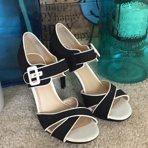 Marc Fisher Vintage Inspired Heels